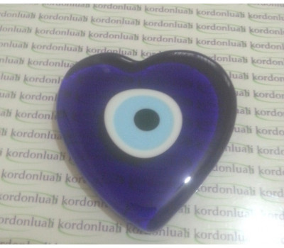 Nazar Boncuk Cam Kalp 9 cm Deliksiz